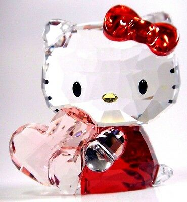 Hello Kitty Pink Heart Sanrio Crystal 2016  Swarovski #5135886