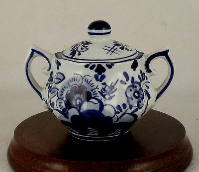 "DELFT BLUE BLAUW FLORAL SMALL 2"" SUGAR CONDIMENT BOWL W/LID Nice Handle detail"