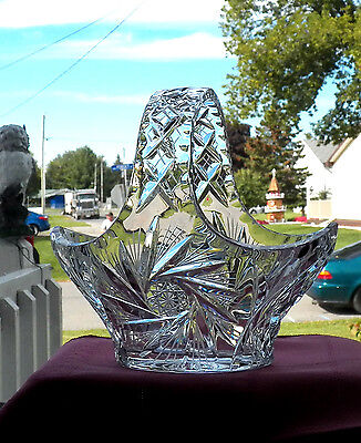 Excellent Decorative Collectible Bride's Basket In Lead Crystal Glass Pinwheel