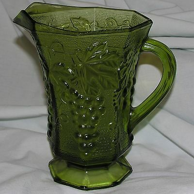 Anchor Hocking Harvest Grape Vintage Water Pitcher Green Glass