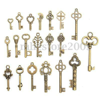 Set of 20 Antique Vintage Old Look Bronze Skeleton Keys Fancy Heart Pendant Xmas