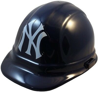 MLB New York Yankees Hard Hat with Ratchet Suspension