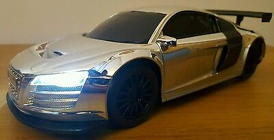 LARGE AUDI R8 LMS RECHARGEABLE Radio Remote Control Car FAST SPEED - SILVER 25CM