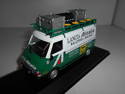 Fiat 242 Assistance Lancia Rally Team Gift Altaya Ixo 1:43