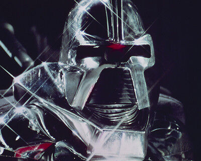 Battlestar Galactica close up of Cylon 8x10 Photo