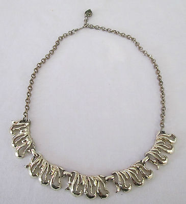 Vintage Gold Tone Metal Scroll Choker Necklace Heart Clasp Chain