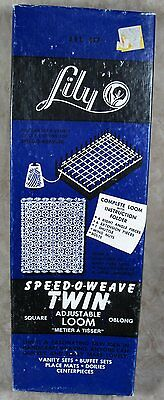 Vintage Lily Speed-O-Weave Twin Adjustable Loom Square Oblong 817 & Book