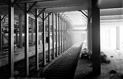 """1904 14th St. Subway Station, NYC Vintage Photograph  11"""" x 17"""" Reproduction"""