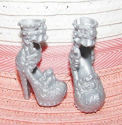 Ever After High (Fits Monster High) Doll Shoes from Signature Darling Charming