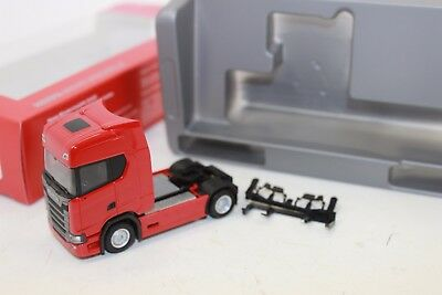 Herpa  306683  Scania CS20 Zugmaschine, rot 1:87 NEU in OVP