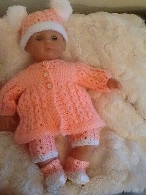Knitted Outfit To Fit 11Inch Baby Doll Reborn Peach And White