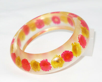 Vintage Lucite Bracelet Bangle rare crystal clear colored dried flower inclusion