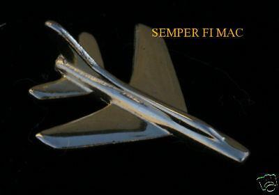 F100 Super Sabre GOLD 3D LAPEL HAT PIN UP MADE IN US AIR FORCE AFB KOREA VIETNAM