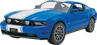 2010 Ford Mustang GT Coupe 1/25 scale skill 2 Revell plastic model kit#4272