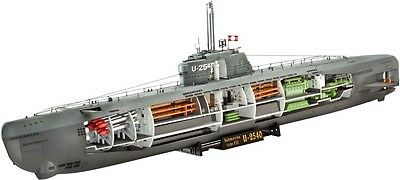 Deutsches U-Boat Cutaway Sub 1/144 scale skill 4 Revell plastic model kit#5078