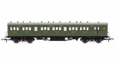 Hornby - R4719 - SR 58' Maunsell Rebuilt (Ex LSWR) Six Compartment Third
