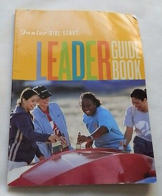 Junior Girl Scout Leader Guidebook 2001 Edition