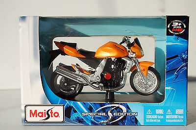 KAWASAKI Z1000  1/18th  MAISTO MODEL MOTORCYCLE  ORANGE