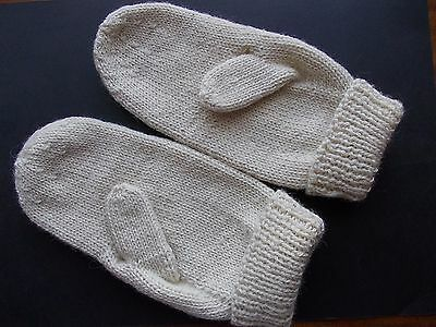 Handmade gloves wool new from Lithuania