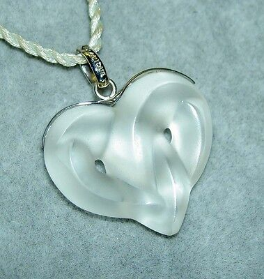 Authentic LALIQUE Satin Clear Entwined Heart Crystal Silver Pendant Necklace NIB