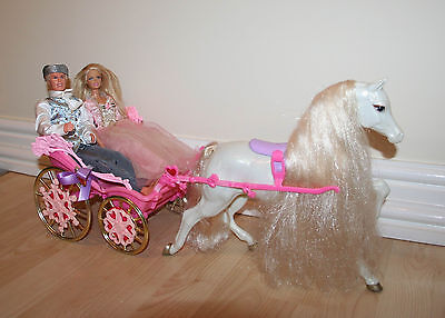 Barbie Prince & Princess In A Luxurious Carriage Coach With Horse Playset