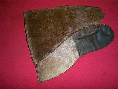 Pair of Vintage Handmade Bear Fur Mittens Size Large