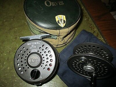 Orvis Battenkill 8/9 Disc Fly Reel & Spool with Fly Line & Cases