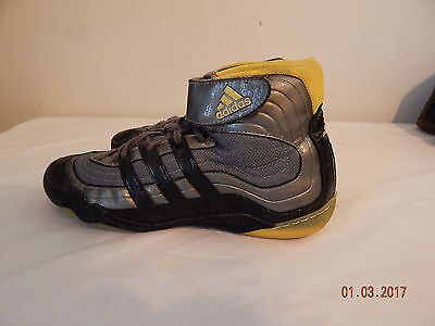 Mens wrestling shoes size 9.5 Adidas Grey  Black pre-owned