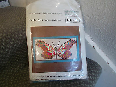 """Vintage Wm Briggs Tapestry Kit """"Butterfly"""" Canvas Chart Wool 50 x 28 cm Bargain"""