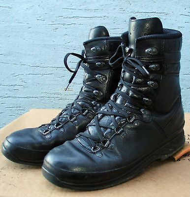 LOWA Black Gore-tex COMBAT Mountain BOOTS Size 11 BRITISH Army cadets hiking 45