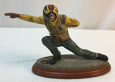 US Navy American Heroes Flight Deck Shooter Limited Edition Figure