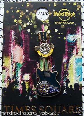 2016 Hard Rock Cafe New York City New Years 3D Ball Drop Guitar Slider Le Pin