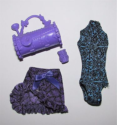 Clothes etc from Monster High Dance Class Robecca Steam Doll