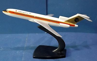 Original Insignia Continental Boing 727 Display model from the 80's Years