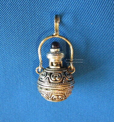 WITCHES ELIXIR BOTTLE WITH STONE PENDANT Wicca Pagan Witch Goth