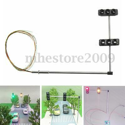 2pcs HO / OO Traffic Light Signal LED Model Train Crossing Walk Street