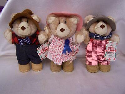 Set of 3 WENDY'S Plush FURSKIN Christmas Bears HATTIE FARRELL DUDLEY-NWT