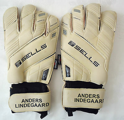 Anders Lindergaard Ex Manchester United Signed Player Worn Gloves