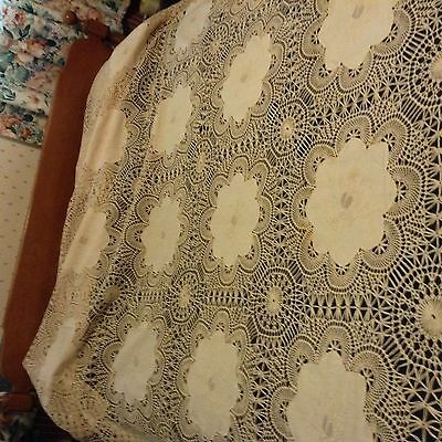 """Amazing CROCHET & LINEN TABLECLOTH EMBROIDERY banquet SZ 98x66"""" OR BED TOPPER"""
