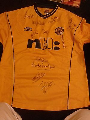 Celtic FC HAND SIGNED top 12 signatures