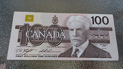 Canadian $100 Dollar Bank Note Bill BJM7509510 Canada 1988 EXCELLENT Condition