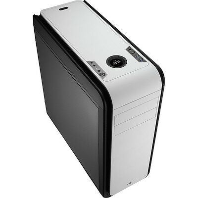 NEW! Aerocool Ds 200 Black/White Gaming Case Noise Dampening 2 X Usb3 7 Colour L