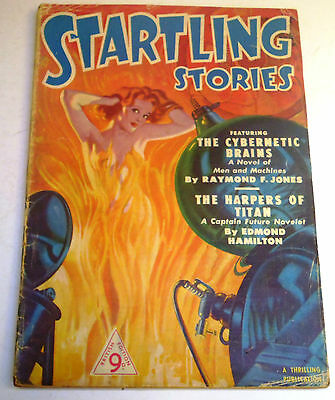 Startling Stories - British Edition Pulp - No. 4 - Dec. 1950 - Edmond Hamilton