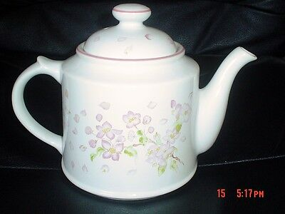 Royal Victoria Wade APPLE BLOSSOM Tea Pot Pink And White