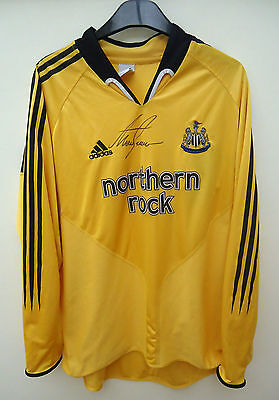 Newcastle United  Football Shirt - Signed By Alan  Shearer Size L