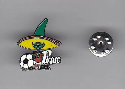 """""""Pique"""" - WC Mascot Mexico 1986 - lapel badge butterfly fitting"""