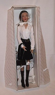 2004 Signature Tyler Wentworth doll Robert Tonner redhead original tag stand box
