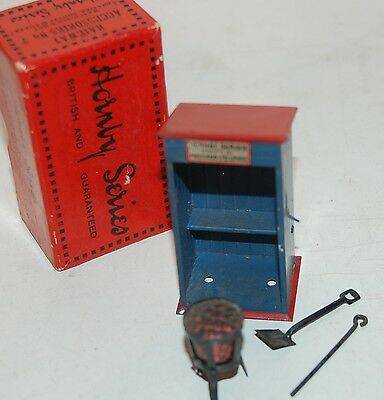 HORNBY SERIES O GAUGE ACCESSORIES No 7 WATCHMAN HUT WITH BRAZIER COMPLETE BOXED