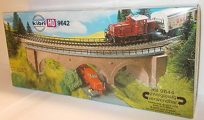 Kibri 9642 - Single Track Curved Stone Bridge - (H0/1:87) - Plastic Kit.