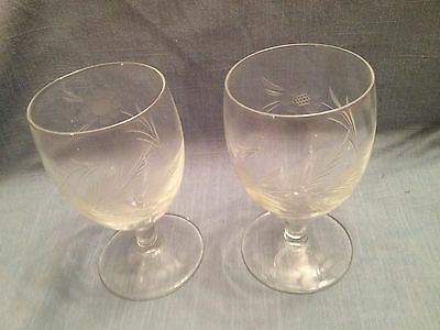 Vintage pair of pretty etched wine glasses with short stems and deep bowls